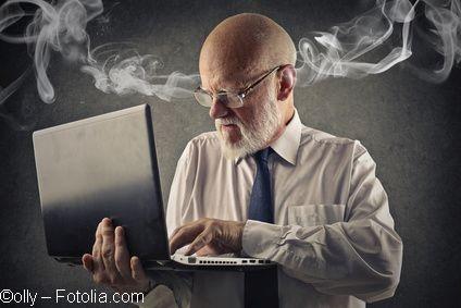 Senioren im Umgang mit Computer