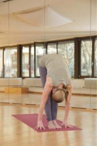 Yoga Zange Übungen Frau