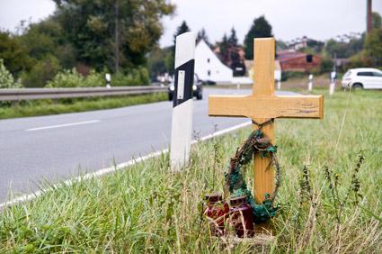 Unfalltod Kreuz