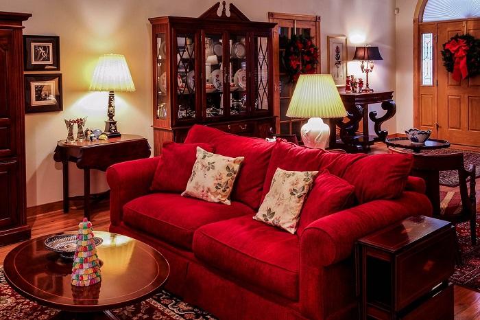 living-room-670240_pixabay-700p
