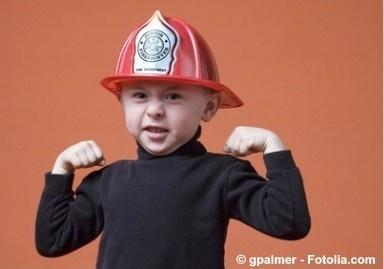 ur-10972631-gpalmer_-_fotolia.com_384 Junge Bub Feuerwehr