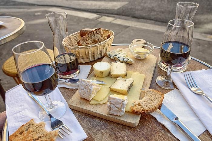 wine-905098_pixabay-700p