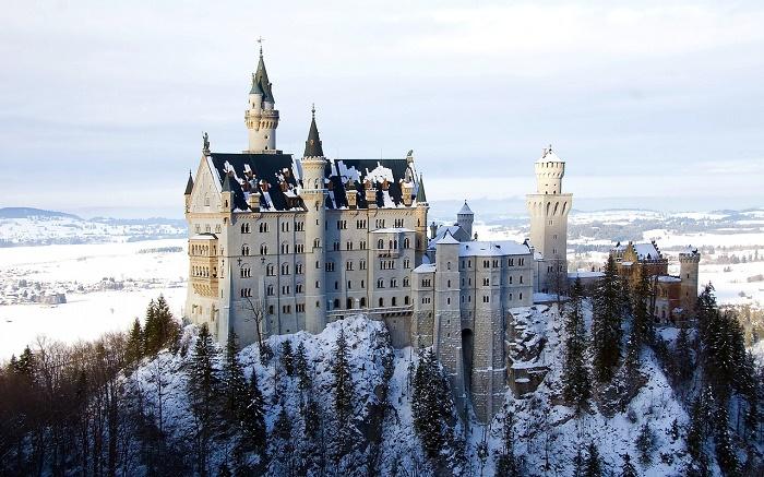 allgäu-schloß-neuschwanstein-winter-pixabay-700