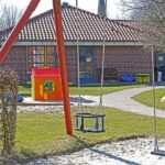 Spielplatz kindergarten-1322559_640