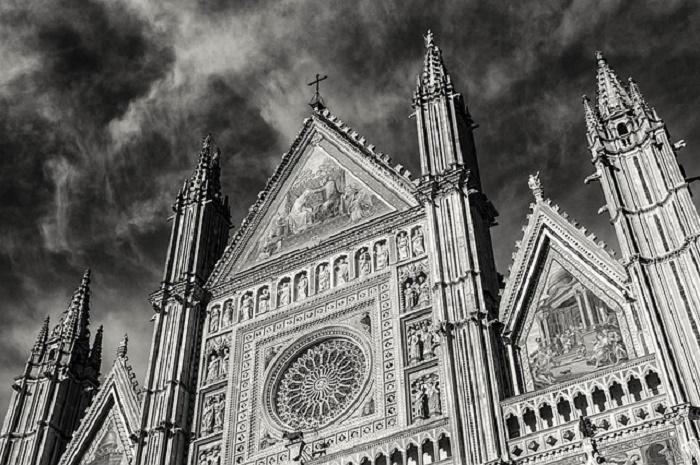 kirche-weltreligion-dom-pixabay