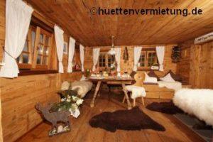 Berghütte Stube Fell Holz