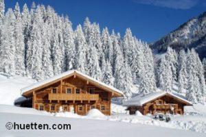 Berghütte Schnee Tannen