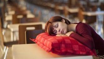 Tipps für einen gesunden Schlaf und ein besseres Bett: