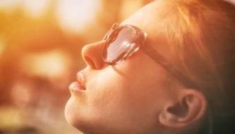 Sonnenstich oder Hitzschlag? Symptome erkennen und behandeln