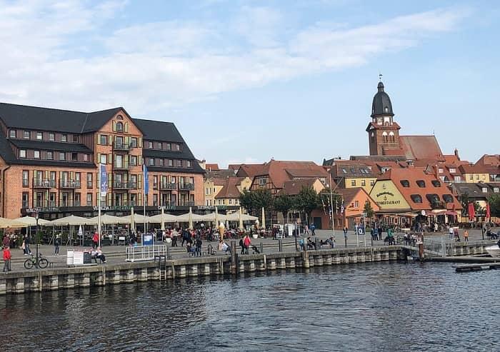 Stadtplatz von Müritz ist zu sehen.