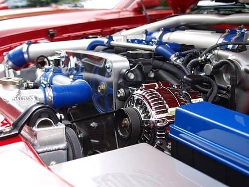 Ein neuer und perfekt verarbeiteter Motor